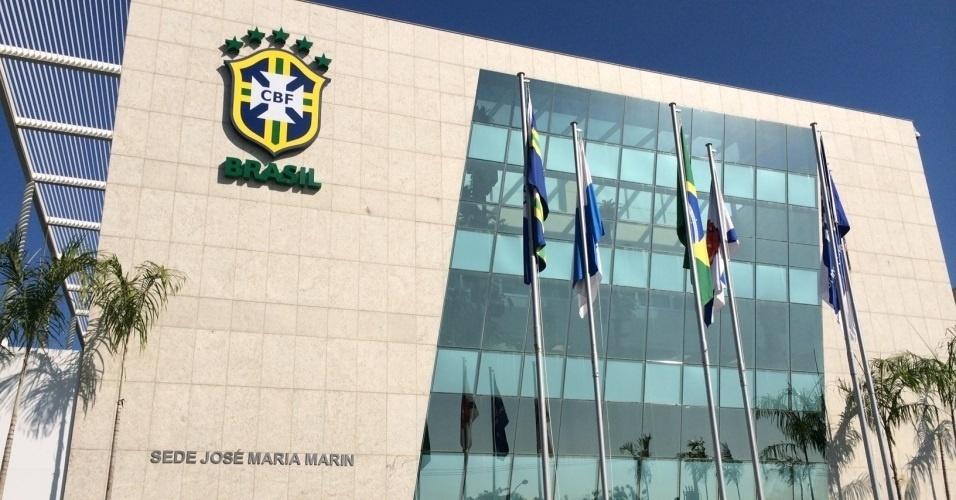 fachada-da-nova-sede-da-cbf-que-abriga-o-museu-da-selecao-brasileira-1406846725984_956x500